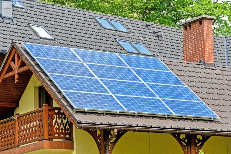 מערכת סולארית ביתית איכותית להוזלת חשבון החשמל
